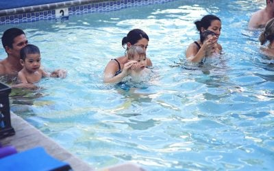 Surviving Parent Tot Swim Lessons—Here's How